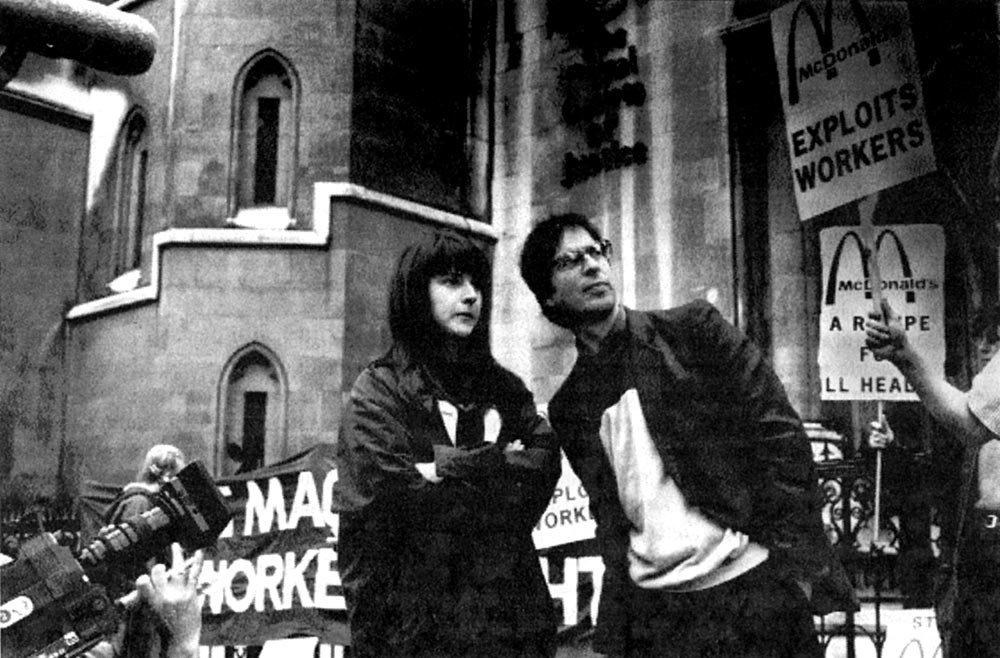 Helen Steel and Dave Morris outside the High Court